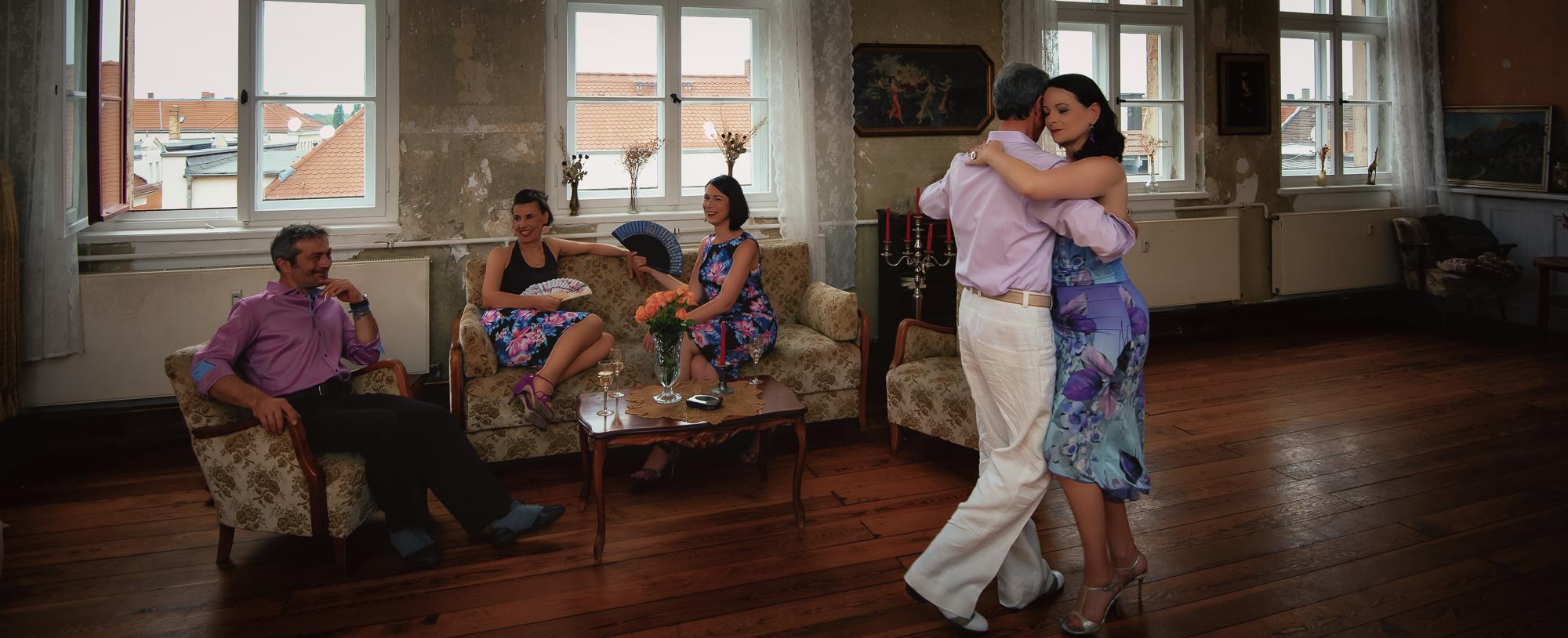 tangoklyder.de - handgefertige tangomode aus leipzig